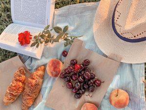 Romantic picnic setting